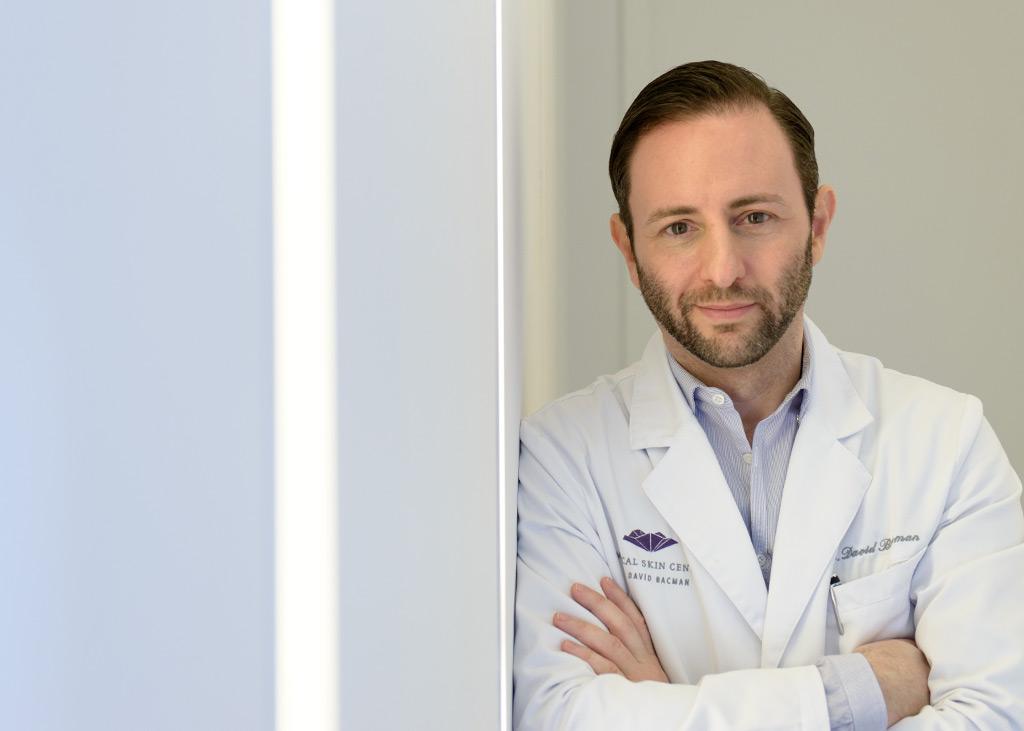 Dermatologe, Dr. David Bacman, als Facharzt für Dermatologie und Ästhetik im MEDISPA, der Beautyklinik mitten in Köln