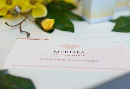 Entfalten Sie Ihre Schönheit mit einem MEDISPA Geschenk Gutschein für eine Schönheitsbehandlung