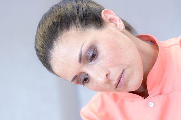 Massage durch eine Fachkosmetikerin im MEDISPA